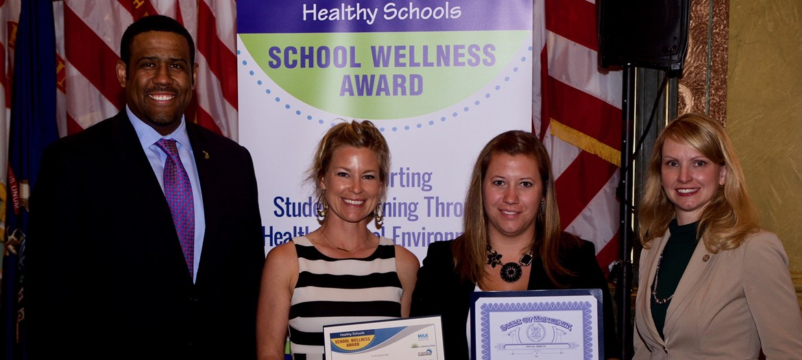 Portland Middle School Receiving Healthy Schools Wellness Award